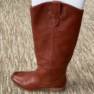 Cognac faux leather Western boots!